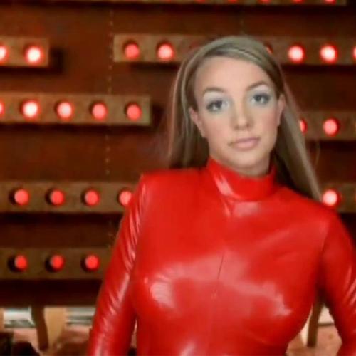 VIDEO / Le clip de Britney Spears parodié sans musique
