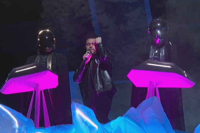 daft-punk-the-weeknd-scene-grammy-awards-2017-live-video