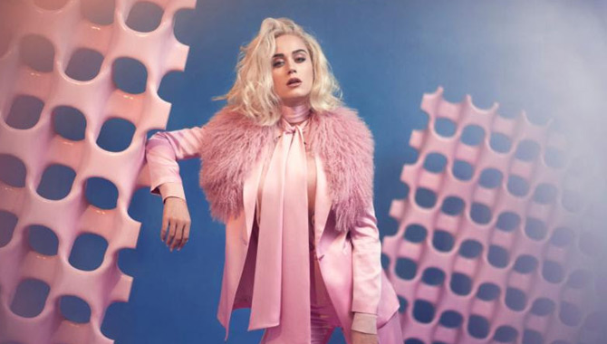 Katy Perry : Ecoutez son nouveau titre Chained To The Rhythm