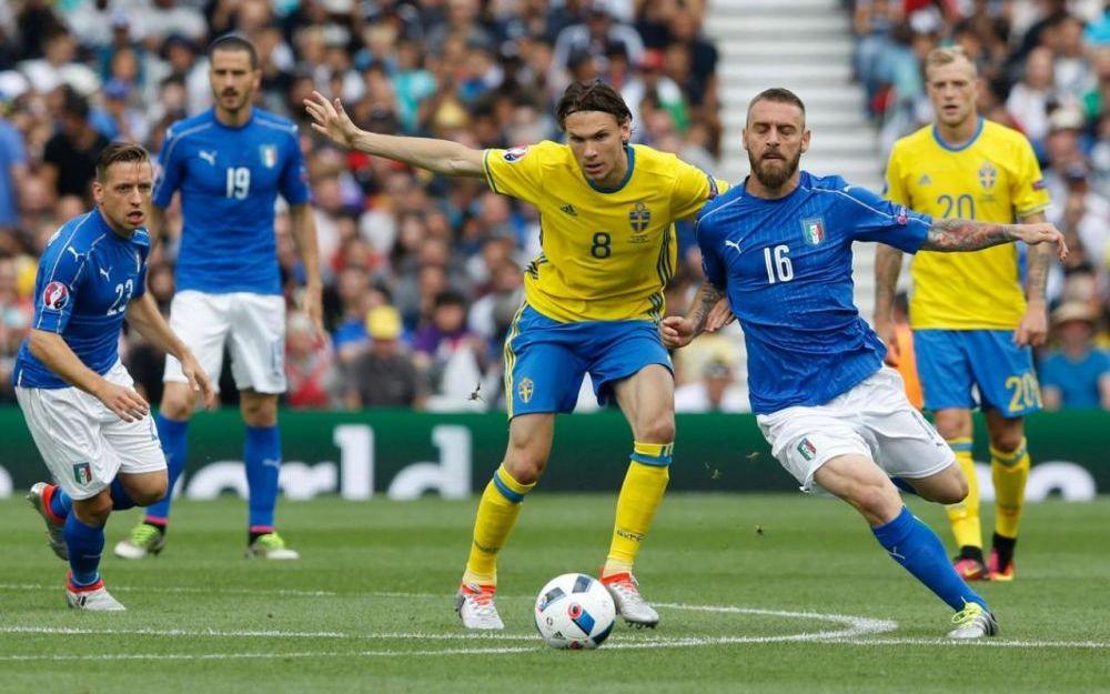 Ikea trolle l'Italie du football via une publicité ravageuse.