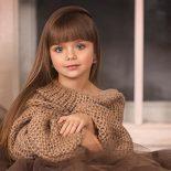 Agee-de-six-ans-elle-est-elue-comme-etant-la-plus-belle-enfant-au-monde