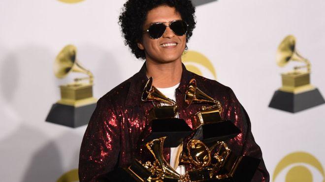 Grammy Awards 2018: Bruno Mars, roi de la cérémonie !
